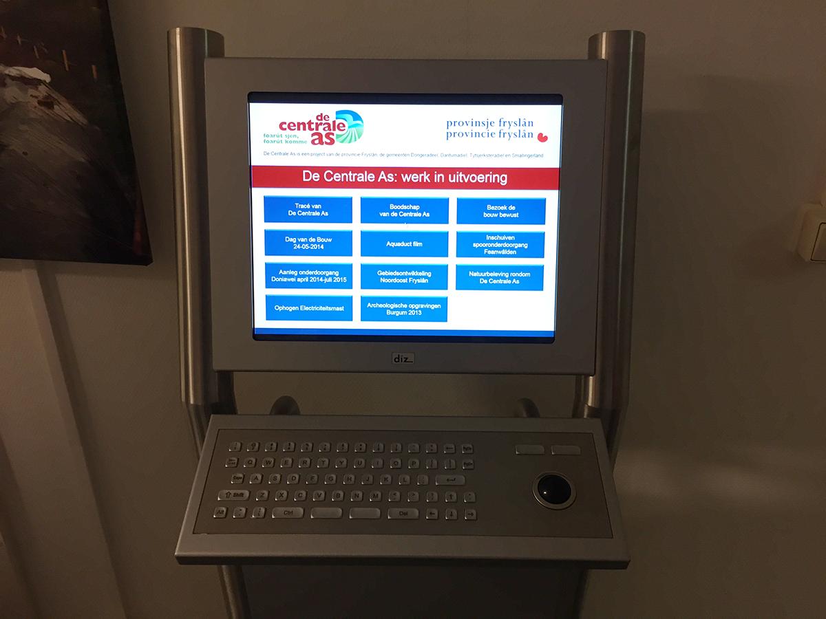 Videopresentatie in Powerpoint op informatiezuil in het infocentrum De Centrale As