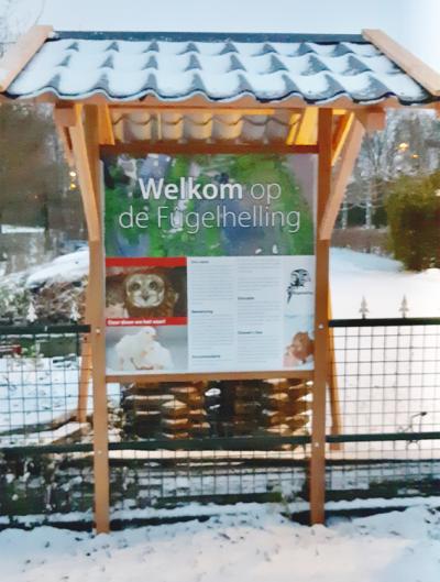 houten-reclamezuil-reclameframe-dibond-bord-fugelhelling-drachten-friesland
